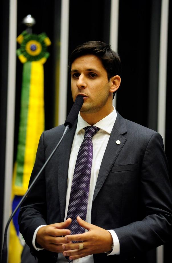 Rafael Motta1