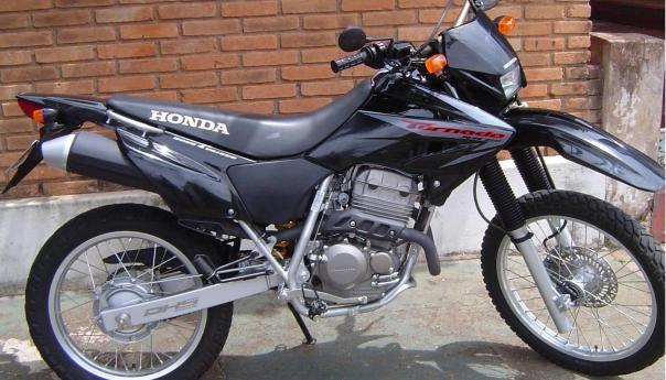 Honda_Tornado